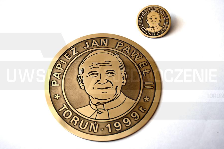Plakieta i znaczek pamiątkowy - UWSP ZJEDNOCZENIE Toruń